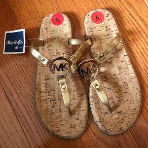 Michael Kors Flip flop size 6